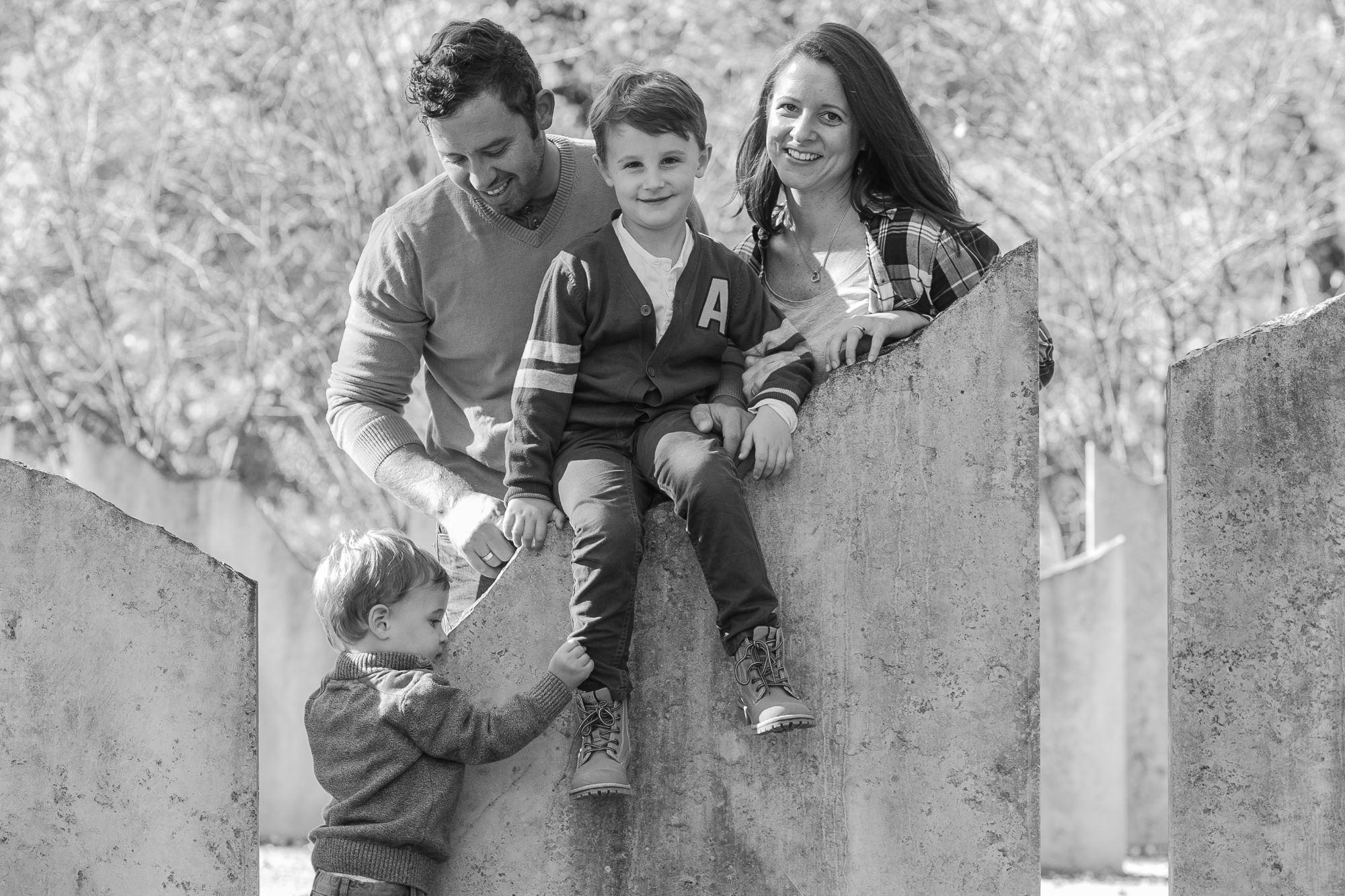 Familienfoto mit Kindern von Fotograf Flotzinger in Wels-Land